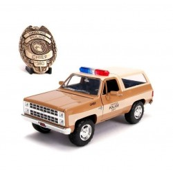 STRANGER THINGS - 1/24 Chief Hooper's 1980 Chevy K5 Blazer 180181  Miniatuur Auto's