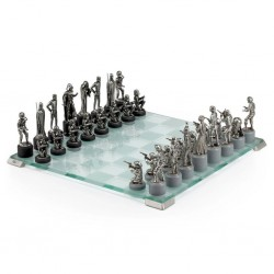 STAR WARS - Prestigious Glas & Pewter Chess Set