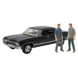 SUPERMATURAL - 1967 Chevrolet Impala 1:18 (Pack with Figures) 164426  Supernatural
